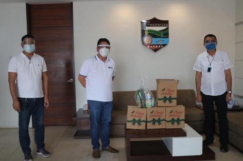 190 Gift Packs mula sa Manila North Tollways Corporation